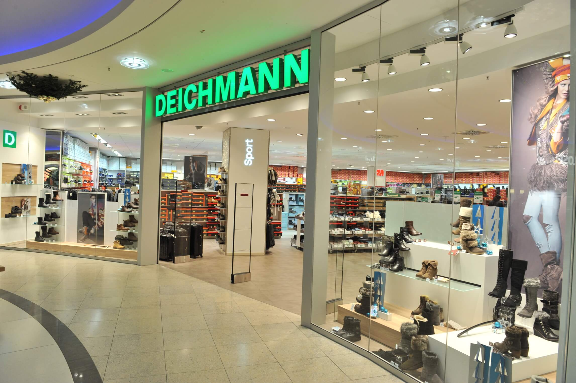 deichmann shopping schuhe lederwaren emgalerie rheine. Black Bedroom Furniture Sets. Home Design Ideas